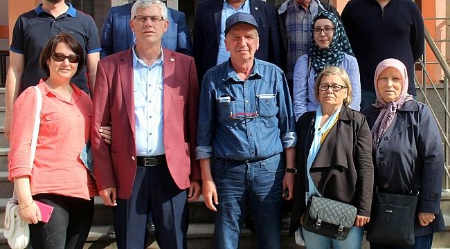 Çan'da Meral Akşener'in Cumhurbaşkanlığı Adaylığı İçin 100.000 İmza Kampanyasına İlgi Büyüktü