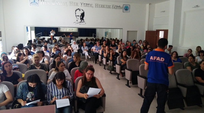Afad'dan Öğretmenlere Afete Hazırlık Eğitimi