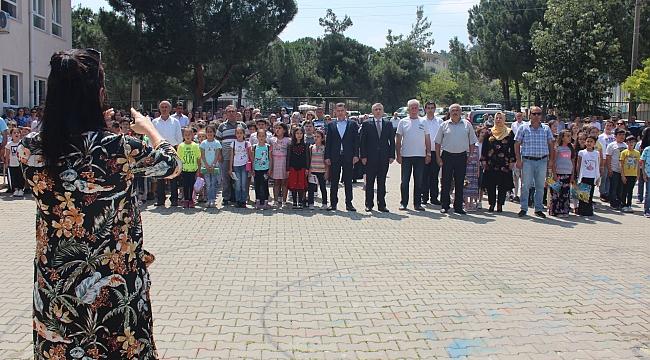 Çan Cumhuriyet İlkokulu'nda Yılsonu Karne Töreni Gerçekleştirildi