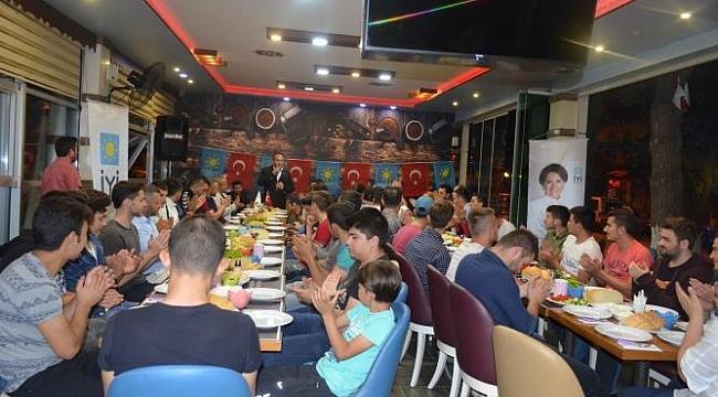 İYİ Parti Çan Gençlik Kolları, Teşkilatına Sahur Yemeği Organize Etti