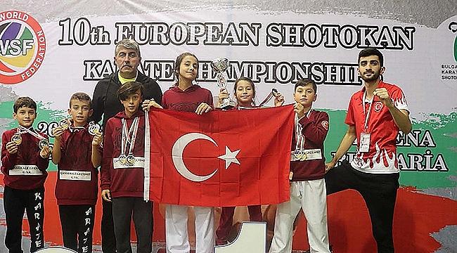 Çanakkale Geçilmez GSK Sporcular WSF Avrupa Karate Şampiyonu Oldu