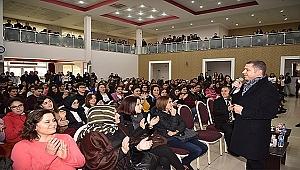 Başkan Kuzu İlk Müjdeyi Gençlere Verdi