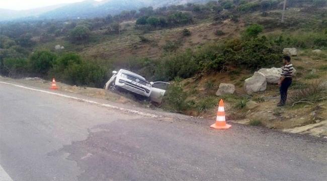 Hafif Ticari Araç Şarampole Yuvarlandı 1 Kişi Öldü!