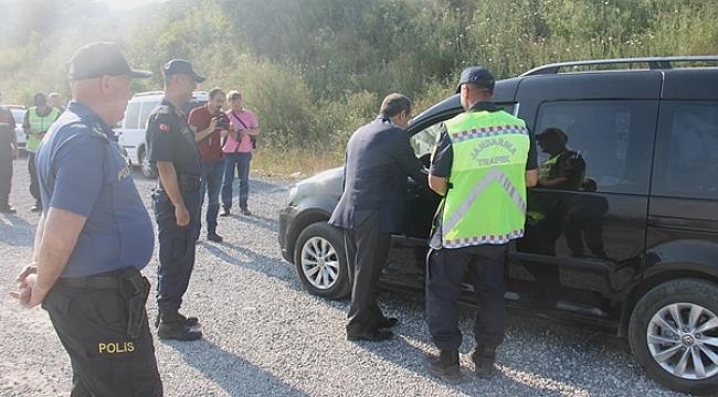 Kaymakam Gürdal, Trafik Ve Asayiş Uygulama Noktasında Denetim Yaptı