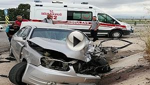 Traktörle Otomobil Çarpıştı, 2 Kişi Yaralandı!
