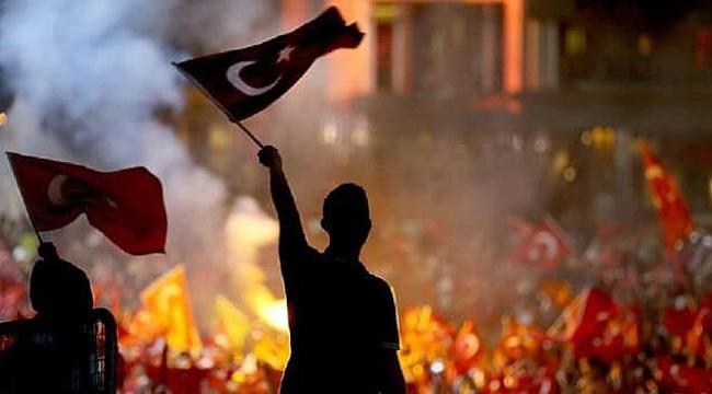 """Çan Belediye Başkanı Bülent Öz, """"Egemenlik Kayıtsız Şartsız Milletindir"""""""