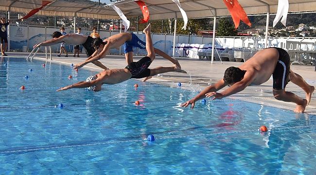 Çan Belediyesi Milli Mücadelenin 100. Yılı Yüzme Yarışları Tamamlandı