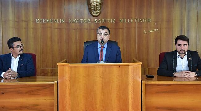 Başkan Öz'den Belediyenin Ekonomik Tablosu Hakkındaki Önemli Açıklamaları