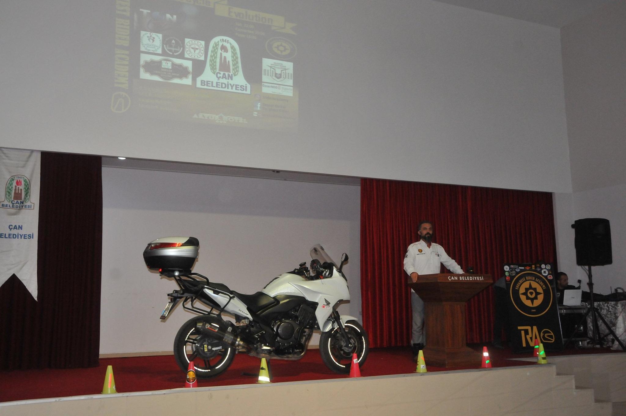 Çan Belediyesi Güvenli Sürüş Eğitimi Düzenledi