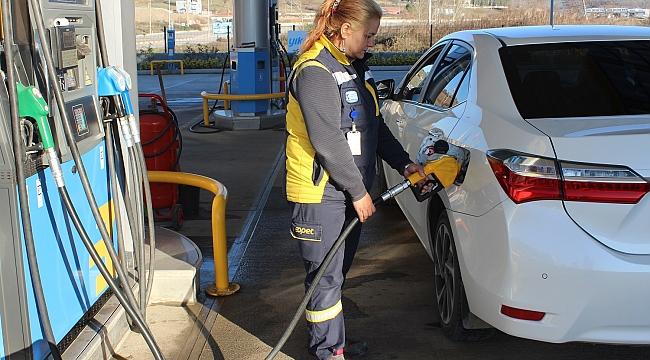 Çan'ın İlk Benzin Pompacısı Kadınları